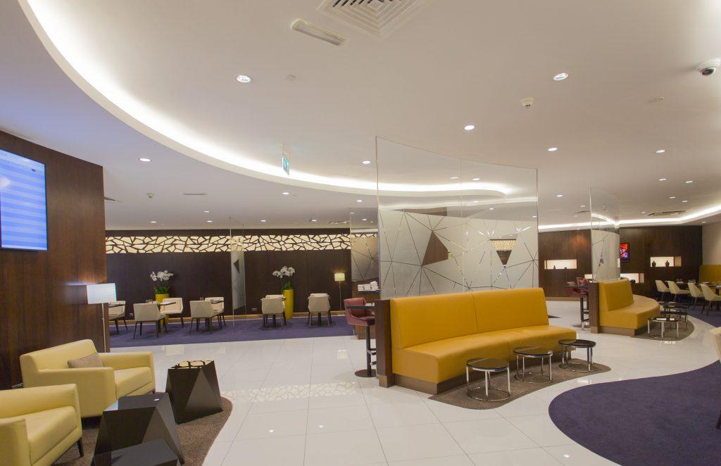 アブダビ空港ターミナル1  ビジネスクラスラウンジ